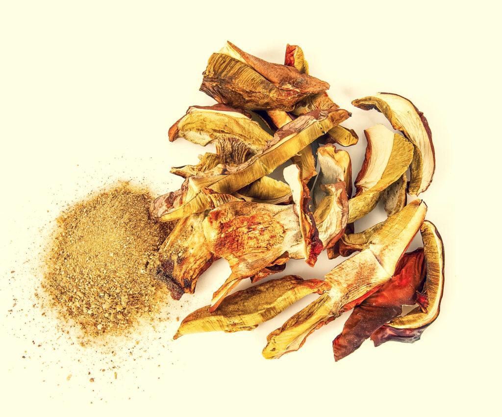 Dried boletus edulis powder